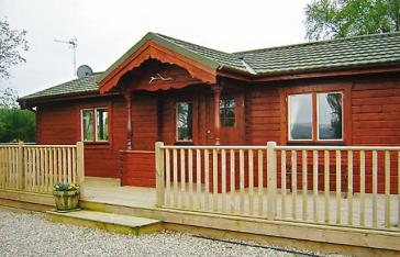 Red Kite Log Cabin