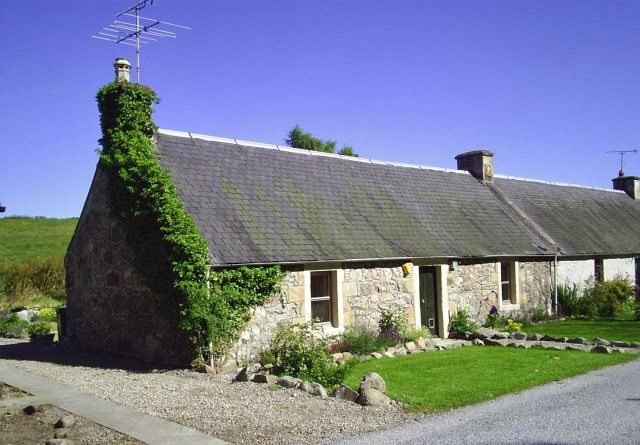 Burnside Cottage of Geddes - Inverness, Nairn & The Black Isle
