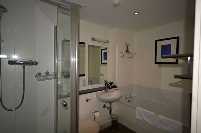 Ensuite master bedroom