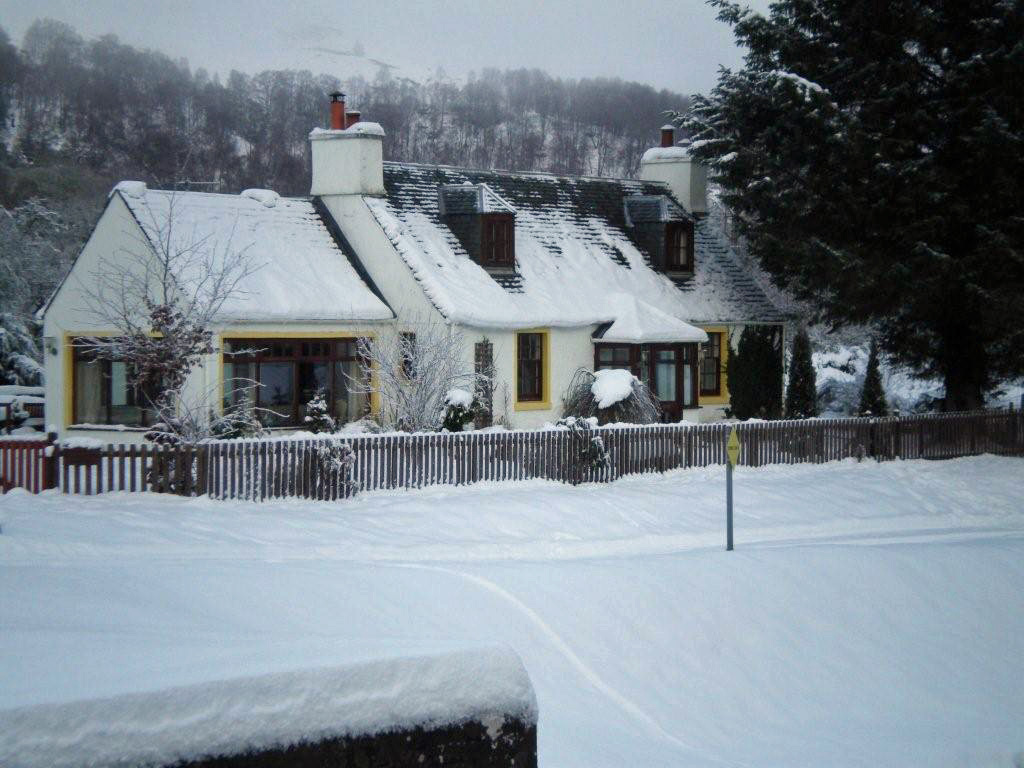 Old Lock Keepers Cottage in the snow