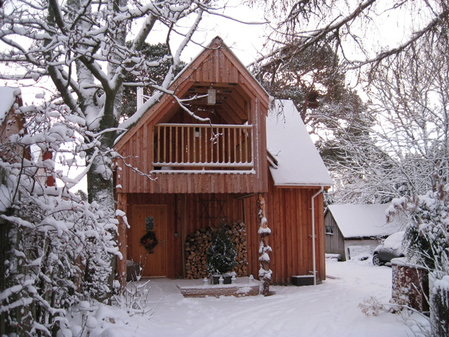 Stableman's Lodge in the snow