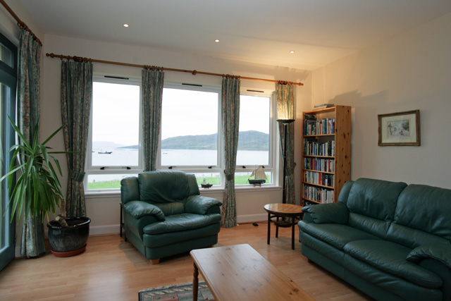 Lounge with views over Scalpay
