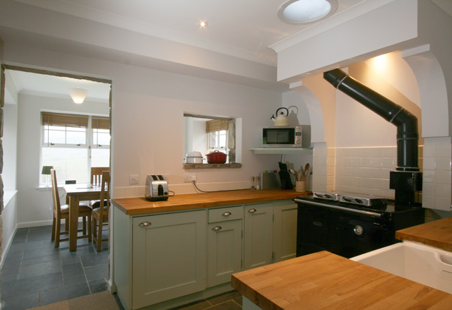 Kitchen and dining room off