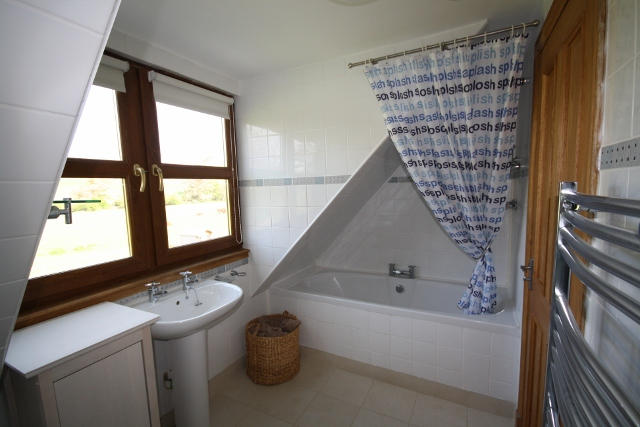 Bathroom - Drumfad Cottage